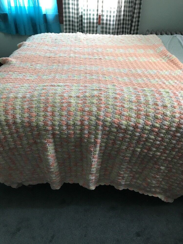 Beautiful Large Extremely Soft Hand Crochet Afghan Pretty Peach&Yellow Stay Warm