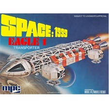 Space 1999 Eagle 1 Transporter 1:72 Scale Model Kit MPC791 New
