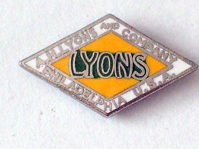 Accessoires & Fanartikel Lyons And Company Pin_vintage Batterie Hersteller & Ausstatter Humor A H