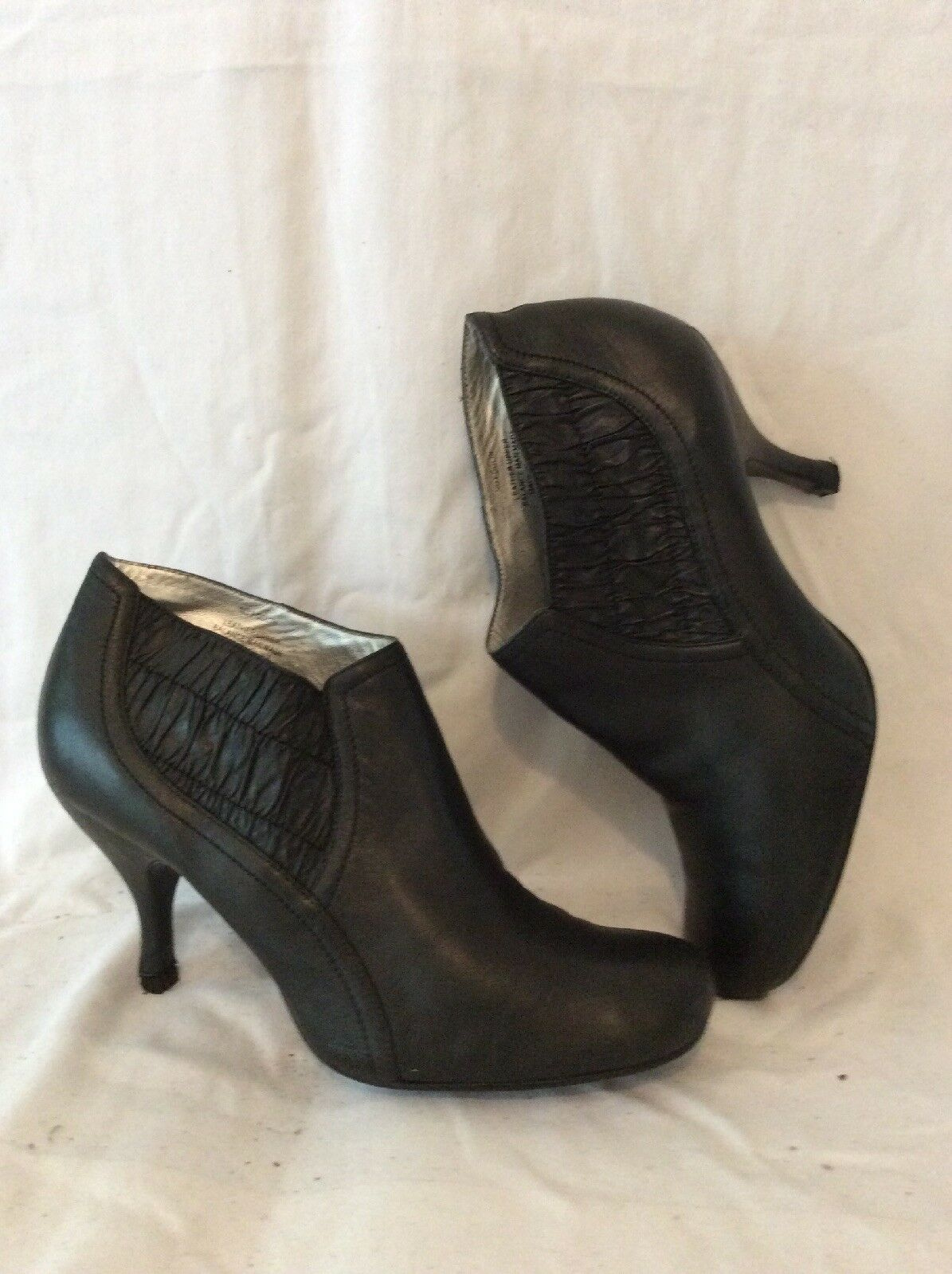 Kenneth Cole Black Ankle Leather Boots Size 7Uk