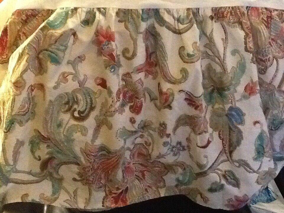 Lovable Crisp Ralph Lauren Queen Bed Skirt