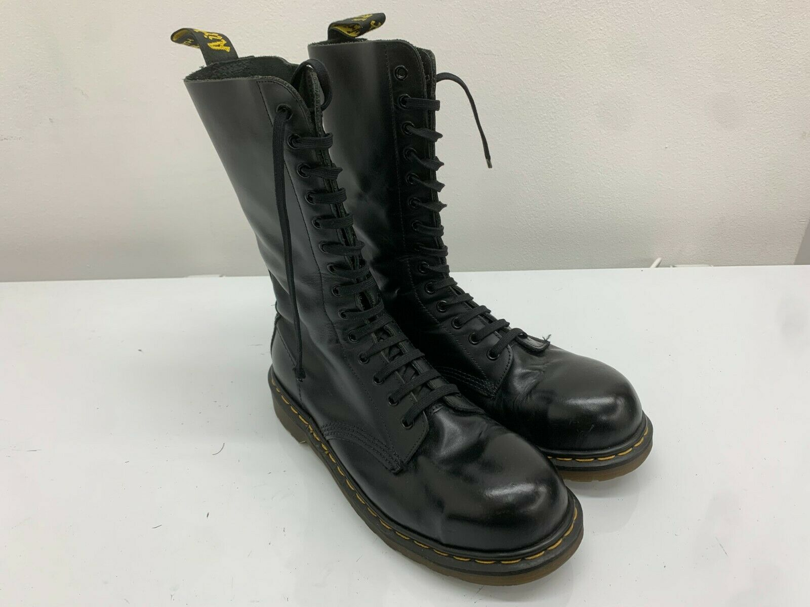 Dr Martens Boots 14 Eyelets Black Leather, Size 8UK, Made In England. Steel Toe.