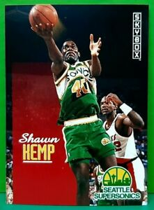 Shawn Kemp regular card 1992-93 Skybox #231
