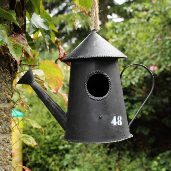 New Watering Can Hanging Garden Bird House Egg Nesting Box Tree Garden Ornament