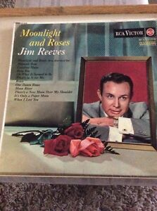JIM-REEVES-MOONLIGHT-AND-ROSES-12-034-LP-RECORD-RCA-VICTOR-RD-7639