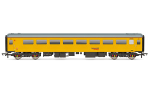Hornby R4991 Network Rail Mk2f TSO Gauging Support Coach 72630 OO Gauge