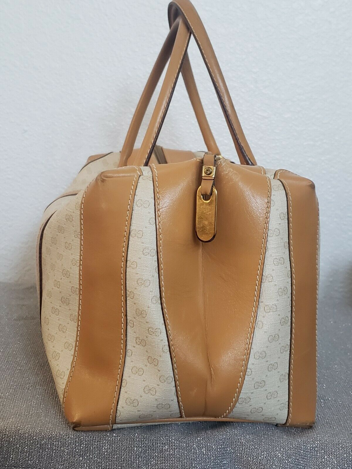 Vtg Gucci Tan GG Monogram Signature Boston Doctor… - image 4