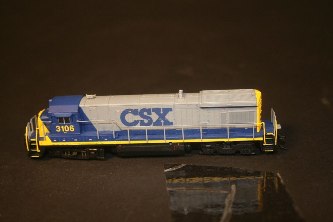 N Scale Atlas CSX B23-7 DCC NIB