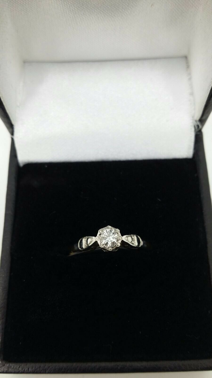 18ct Yellow gold .12 Carat Diamond Solitaire Ring Size K