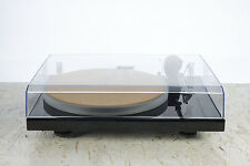Pro-ject Xpression Carbon UKX Turntable in Black + Pro-Ject Cork-It *Ex-Display*