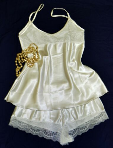 Elegant Two-Piece Satin /& Lace Cami Top French Knicker Set Ivory Size 12//14