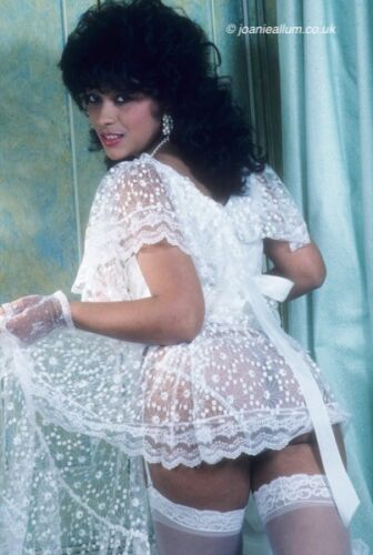 Donna Ambrose 1 5 FOTO LUCIDA Set
