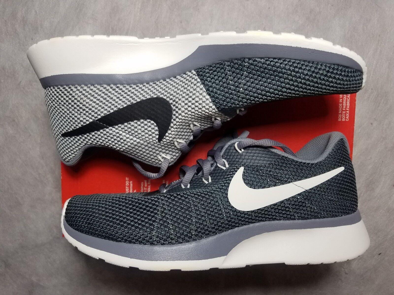 New Nike Tanjun Racer Running Women's 9.5 Grey Sail Black White Shoe 921668 003