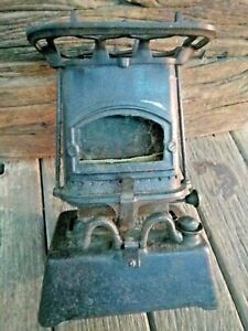 Old-Rare-Antique-Cast-Iron-Stove-Kerosene-Oil-Burning-English-Made-Stove
