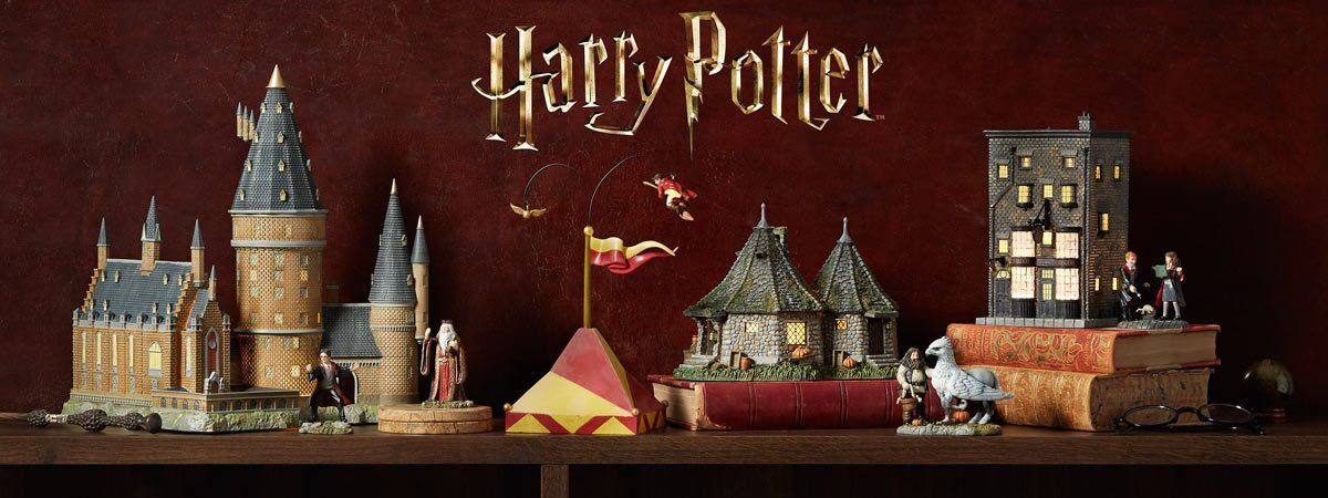 Dept 56 HARRY POTTER 7 Piece Set, 3 Buildings 4 accessories NEW 2018  FREE SHIP