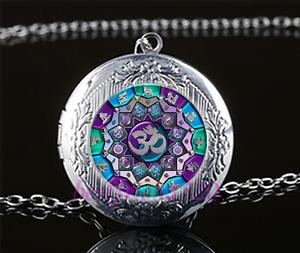 Om-Mandala-cabujon-de-vidrio-Amuleto-Colgante-Collar-Cadena-De-Plata-Tibet