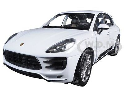 PORSCHE MACAN TURBO WHITE 1/24 DIECAST MODEL CAR BY WELLY 24047
