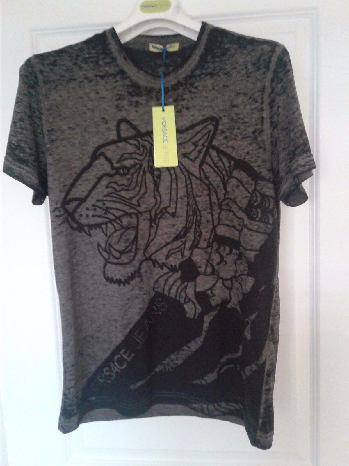 Authentic, brand new, tiger print,Versace Jeans Tshirt Größe M