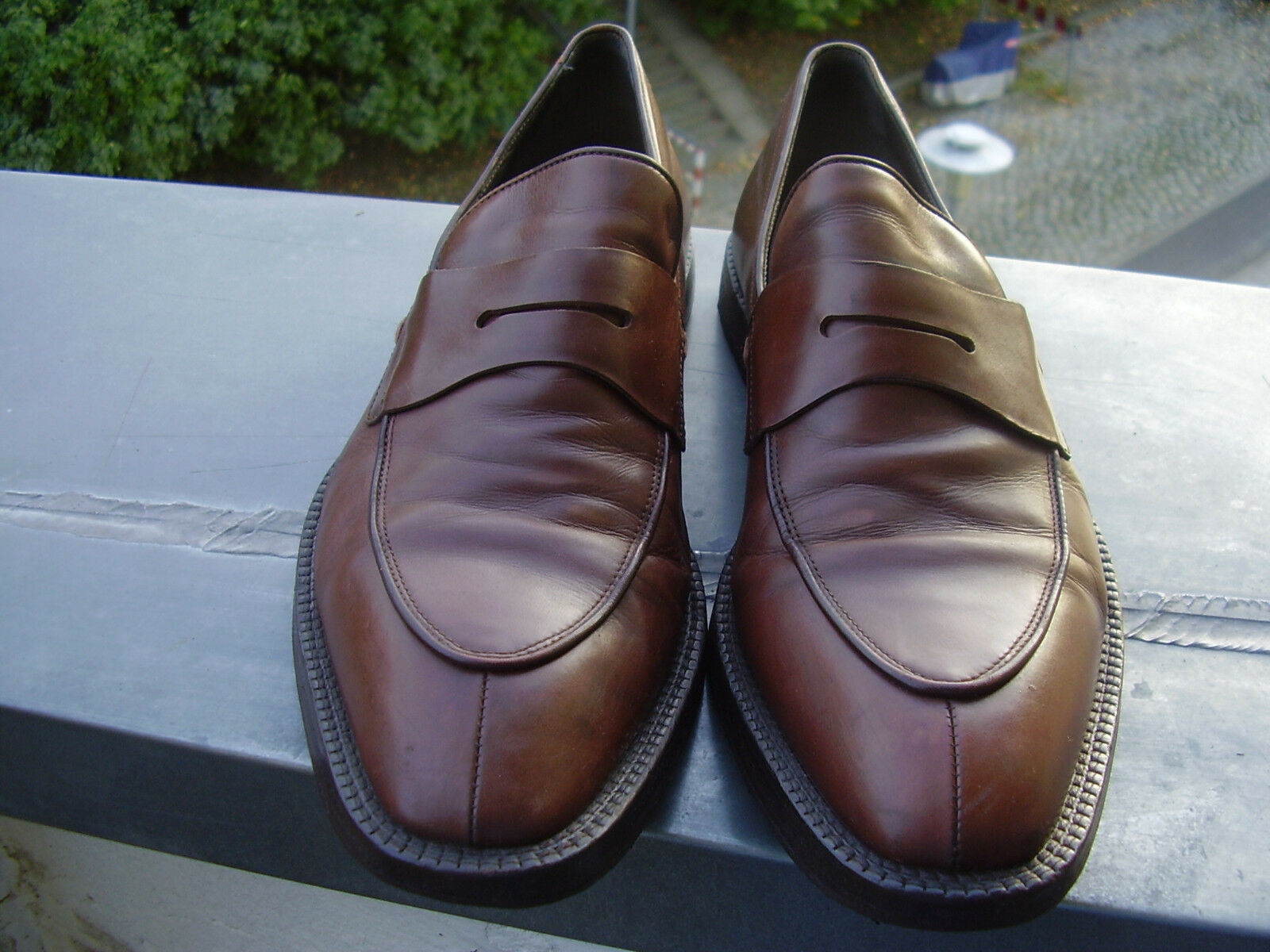 Schuhe Boss braun Slipper Made in Italy Größe 9 B/D neue Hacke u. Sohle