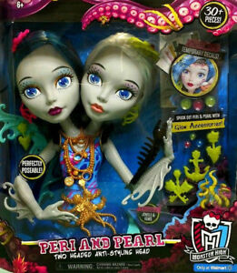 Details about Monster High Peri and Pearl Serpentine Styling Head 30+ pcs  Glow Accessories NEW
