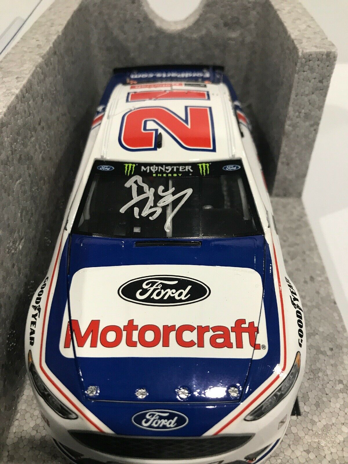 2017 Ryan Blaney Motorcraft Darlington dédicacé