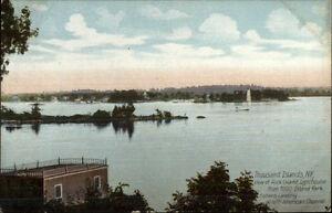 Thousand-Islands-NY-Lighthouse-c1910-Postcard