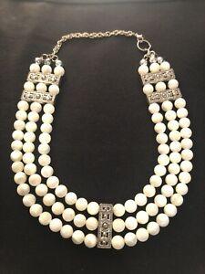 Vintage-Art-Deco-3-Tier-Row-Milk-Glass-Silver-Tone-Pearl-Choker-Flapper-Necklace