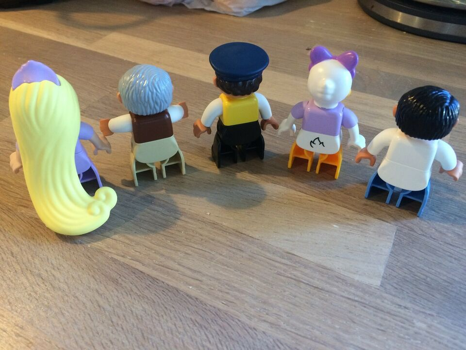 Lego Duplo, figurer