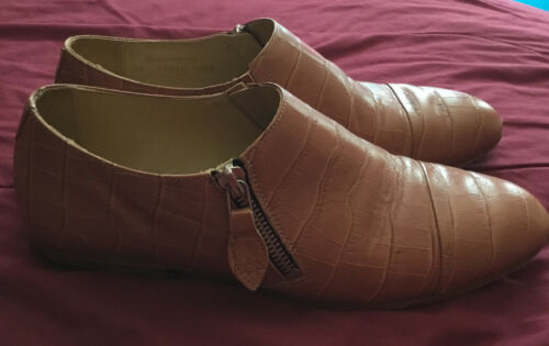 The Office Of Angela Scott Size 8 Brown Flats Made