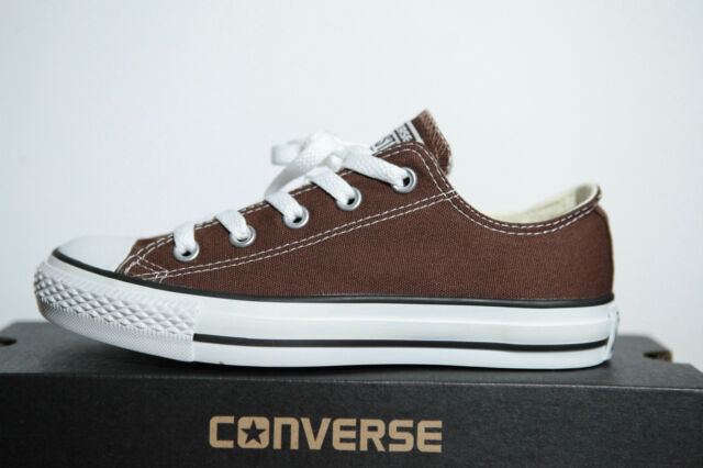 All Star Converse Chucks Low Trainers