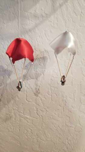 NU Set of 4 White Parachutes for Gilbert Erector Sets Remakes.