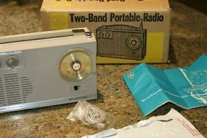 Unopened-NOS-General-Electric-1964-AM-Shortwave-Radio-P925G-w-Manual-Earphone-R