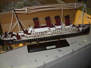 Tinplate 1:560 Bateau En Étain Titanic Jlt949s-rw
