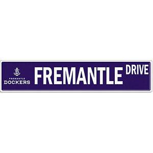 Fremantle-Dockers-AFL-Tin-Street-Sign-AFL-OFFICIAL-MERCHANDISE