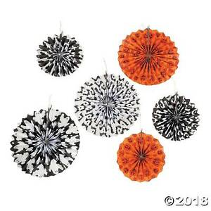 6-HALLOWEEN-HANGING-PAPER-FANS-ORANGE-BLACK-amp-WHITE-BATS-GHOST-PARTY-DECORATIONS
