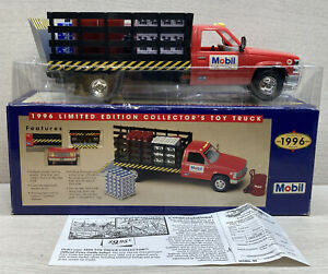 1996 Mobil Limited Edition Collector's Toy Stake Body Truck Freight & Pallets