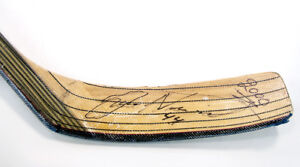 Janne-Niinimaa-Signed-Autographed-Hockey-Stick-Official-NHL-Game-Used-Oilers-44