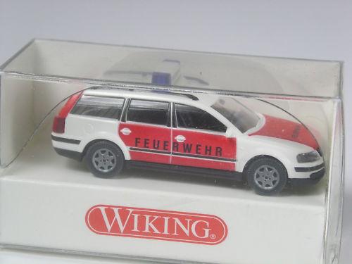 Wiking VW Passat combi bomberos OVP Top