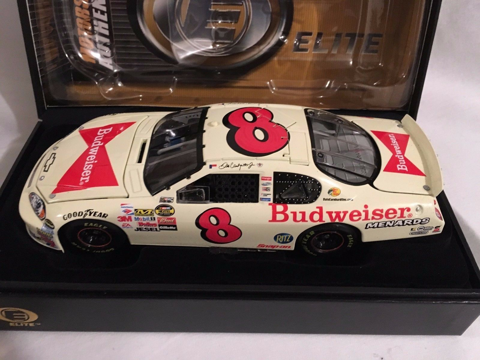 Action  Dale Earnhardt Jr  Bud Fathers Day 1 24 2006 Monte Carlo SS  Elite