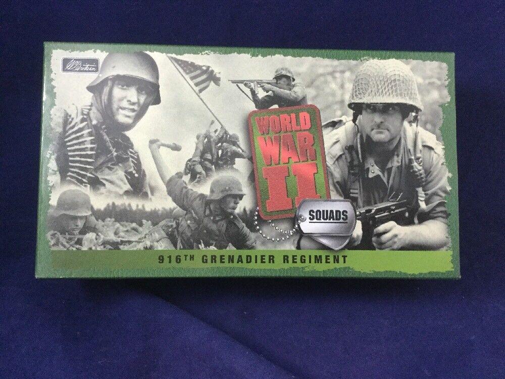 W.Britains Toy Soldiers WWII  916th grenadier regiment
