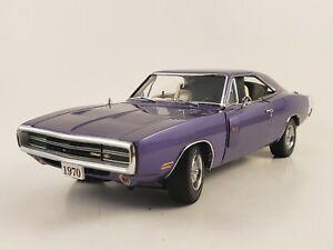 Danbury-Mint-1970-Dodge-Charger-R-T-440-Magnum-034-Plum-Crazy-034-w-Paperwork-1-24