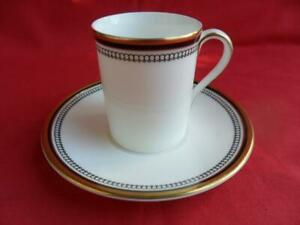 Royal-Doulton-PAVANNE-4-x-Coffee-Cups-Cans-amp-Saucers