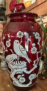 Vintage-Anchor-Hocking-Ruby-Red-Glass-Hoover-Vase-With-White-Bird-Design