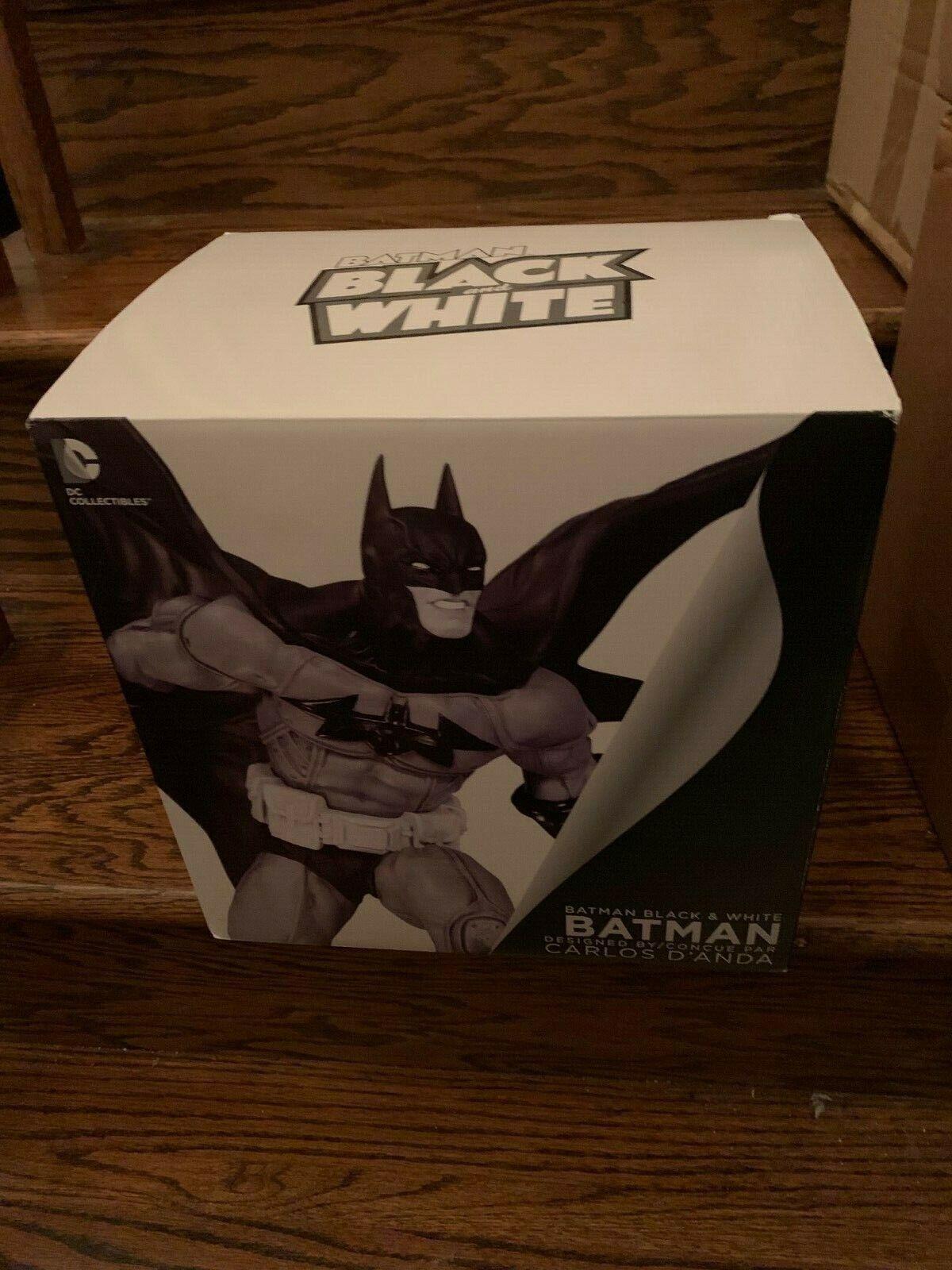 DC Comics Coleccionables Batman blancoo Y Negro Por Cochelos d'anda 8  Estatua