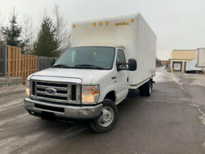 2016 Ford E 450 16 Ft Box With Ramp 58000Km 26800$ OBO
