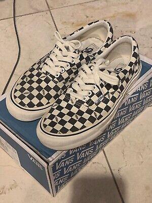 Vans Vault Checkerboard OG Era LX Size