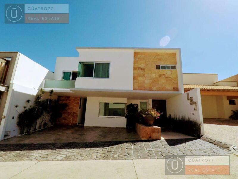 Disfruta esta Exclusiva Casa  En La Mejor Zona De La Ciudad - Ubicada En Jardines Del Campestre -...