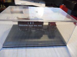 oxford diecast -insulated road rail tank