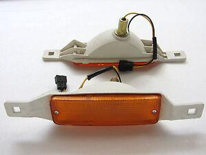 79-81-83-TOYOTA-HILUX-LN40-RN40-BUMPER-INDICATOR-LIGHT-PAIR