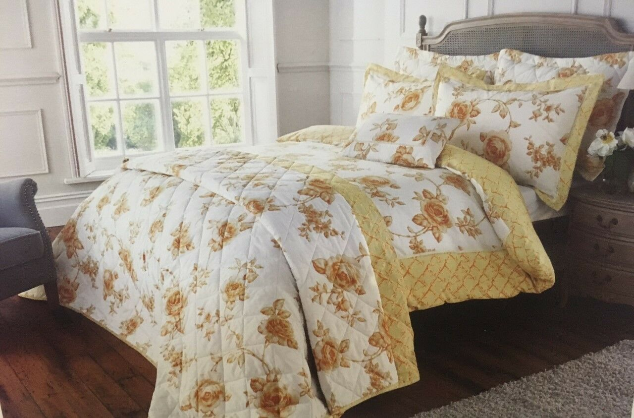 ROUEN Gold QUILTED BEDSPREAD THROW OVER  254cm x 254cm PASTEL COLOURS LACE